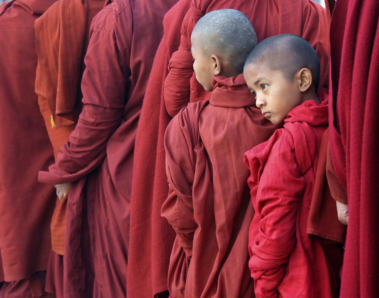 Госексуализм в среде монахов